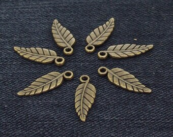 30Beads Charm Leaf bronze Plated Victorian Pendants Beads ----- 6mmx19mm ----- 30Pieces 2F