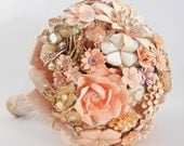 BLUSHING BRIDE Vintage Brooch Keepsake Bouquet Pink Peach Gold Enamel & Rhinestone Brooches