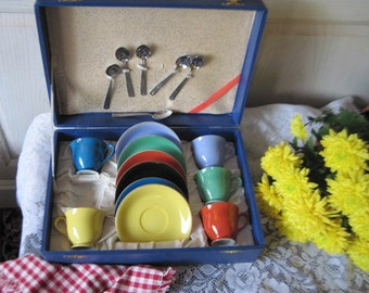 Dish Set in Case, Noritake Childs DishTea Set In Case , Vintage Dishes, Vintage Kitchen,