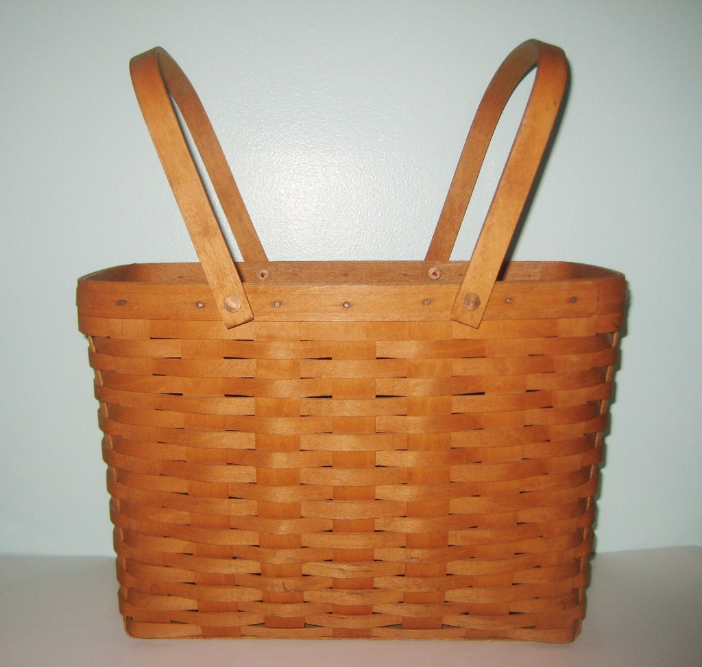 Sale Longaberger 1992 Magazine Newspaper Knit Basket 2 Swivel