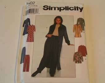 Simplicity Pattern 7902 Miss ShirtDress or Skirt and Pants