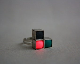 "TETRIS geometric metallic ring - Black, Green and Neon pink metallic ring. Select your shade between ""L"" and ""V"""