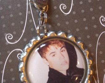 Justin Bieber Bottle Cap Zipper Pull