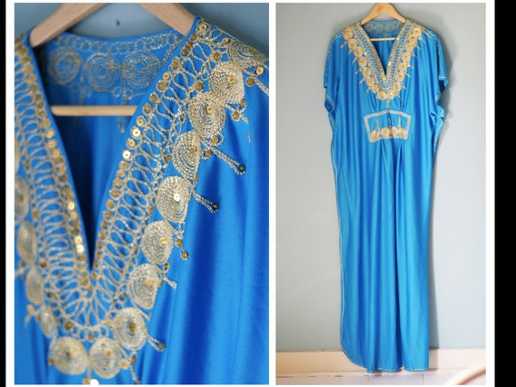 Vintage 70s Kaftan Maxi Dress with Gold Sequins & Embroidery XL XXL Freesize/ Maternity