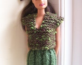 Barbie clothes - green and brown twin set