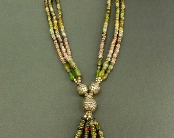 Spectacular Turmaline Necklace from India.