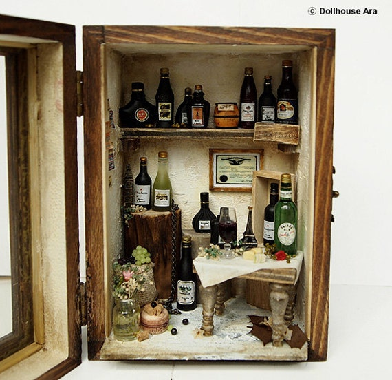 Vintage Antique wine house (No.1) wood box display set- Dollhouse Miniatures 1:12