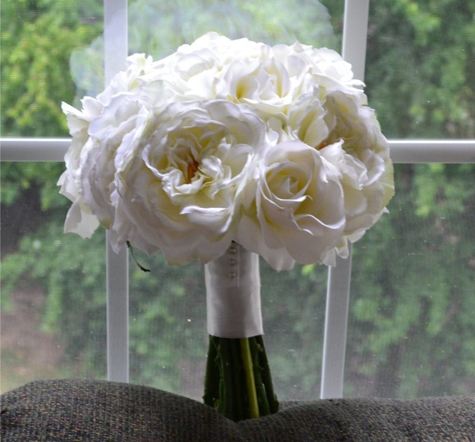 Creamy White Bouquet Cream White Off White Ivory White Garden Rose Bouquet