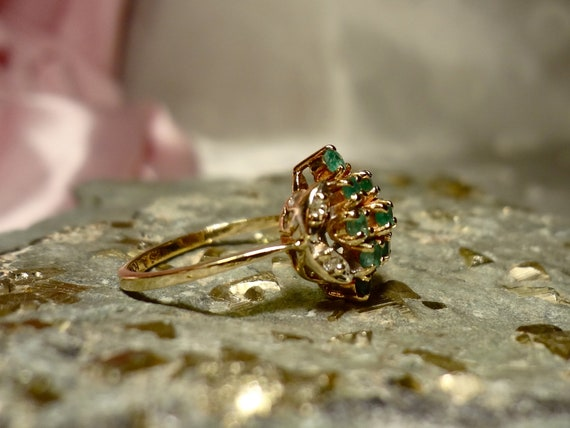10k Gold Yellow  Emerald & Diamond Cluster Ring