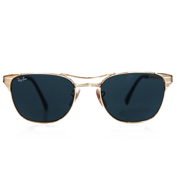 df9488d8a86 Vintage Ray Ban Sunglasses. Bausch and Lomb Aviators. Signet