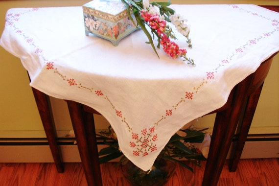 French Country Linen Tablecover with Cross Stitch Detailing 1950s