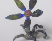 Glass Flower Sculpture, Abstract Flower Glass with Tentacle-Like Roots
