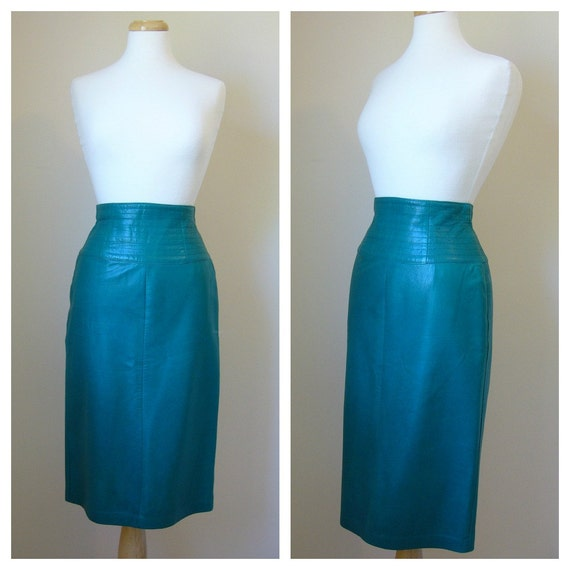 Vintage LEATHER Pencil Skirt in Bright Teal Green