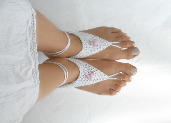 White Barefoot Sandals - Crochet Beach Wedding Anklet Jewelry - Pool Yoga Shoes