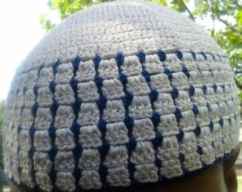 Blue berries and cream is what I call this 100% cotton kufi style beanie.