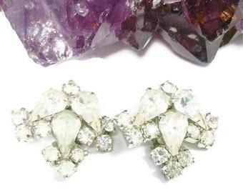 Rhinestone Earrings, Crystal Earrings, Drop Earrings, 1950s Mid-Century Earrings, Vintage Earrings, Clip On Earrings, Vintage Style, Bridal