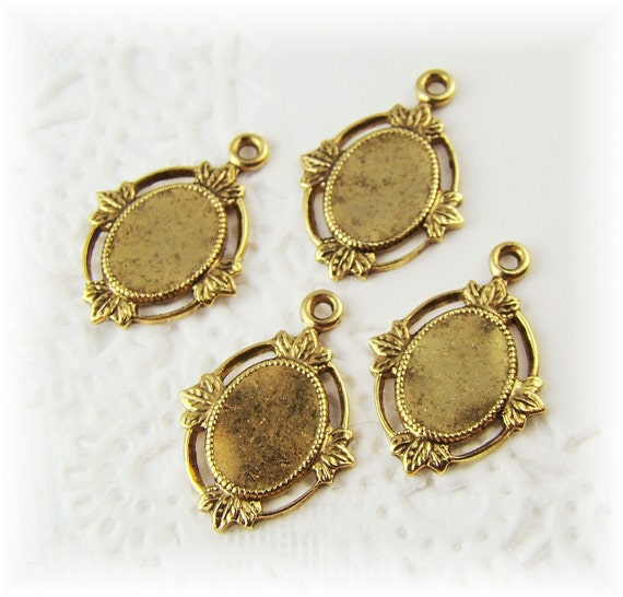 10x8 Victorian Style Settings Antiqued Gold Plated Flat Back Stampings Drops (4)
