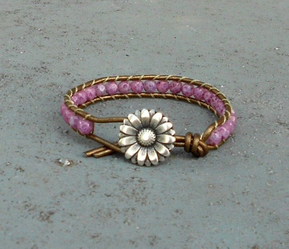 lilac lavender beaded leather wrap bracelet in the Chan Luu style in purple with daisy button