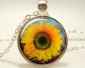 Sunflower Necklace, Botanical Jewelry, Flower Pendant (1081S1IN)