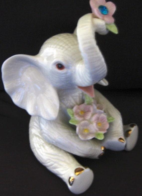 Lenox Birthday Elephant w/ Blue Rhinestone MINT condition