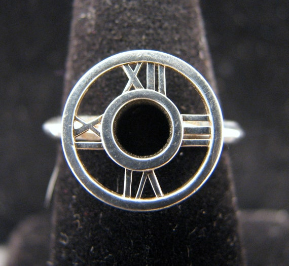 AUTHENTIC TIFFANY & Co Sterling Silver ATLAS Medallion Ring  -- Size 6-1/4