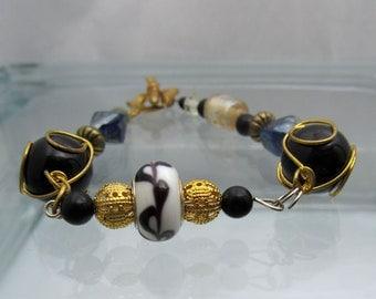 Glass Beaded Bracelet Wrapped Bead Bracelet Black & White Lampwork Bracelet Heart Toggle Clasp