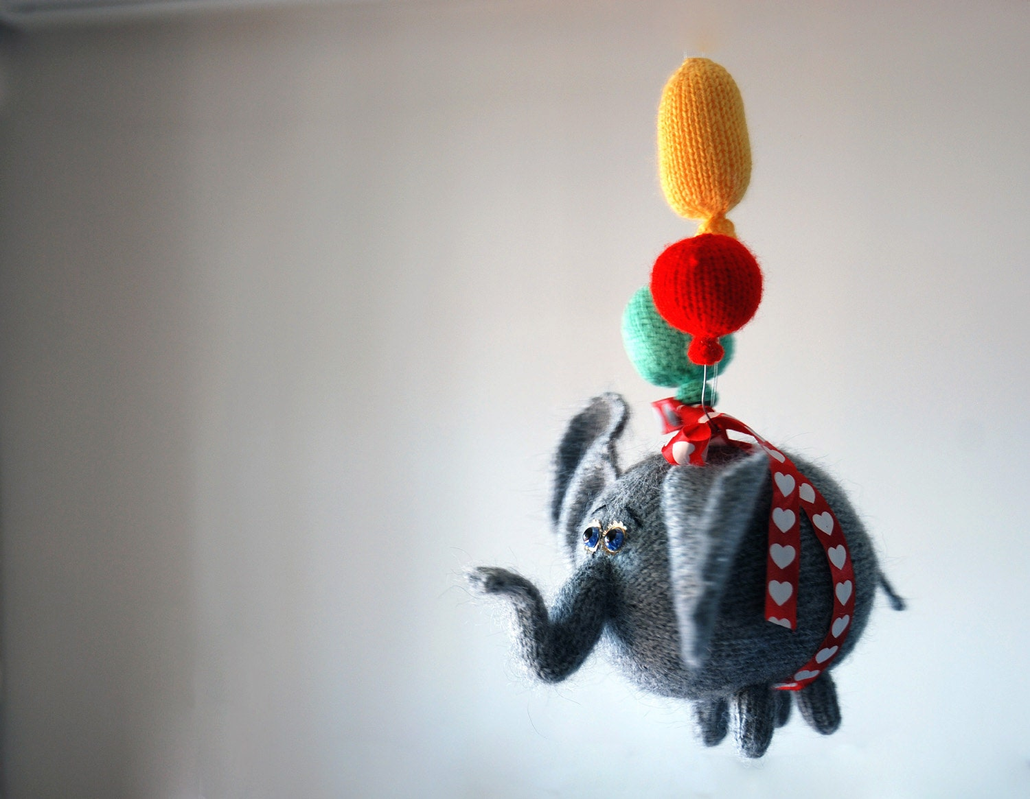 airy fairy flying elephant with 3 balloons pdf by deniza17