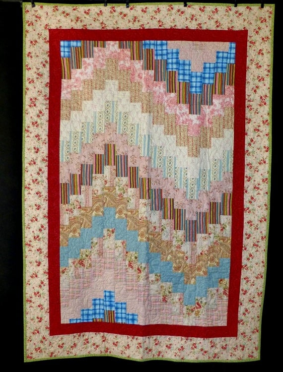 bargello quilt, shabby chic, pretty in pink, lap quilt, dorm quilt
