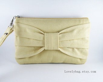 SUPER SALE - Cream Bow Clutch - iPhone 5 Wallet, iPhone Wristlet, Cell Phone Wristlet, Cosmetic Bag, Camera Bag,Zipper Pouch - Made To Order