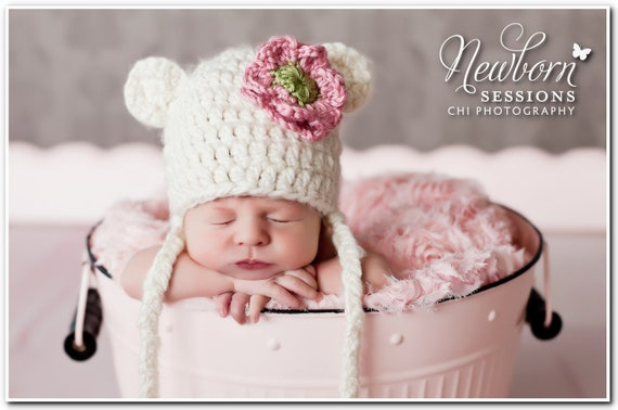 Newborn/Toddler Crocheted Baby Bear Chunky Off White Hat/Baby Photo Prop