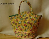 Vintage Margaret Smith yellow quilted fabric Kelly style handbag