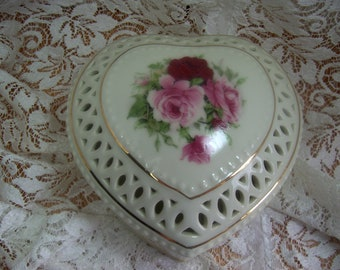 Heart Shaped Trinket Box - Made in China by Baum Brothers - Beautiful Roses and Gilding