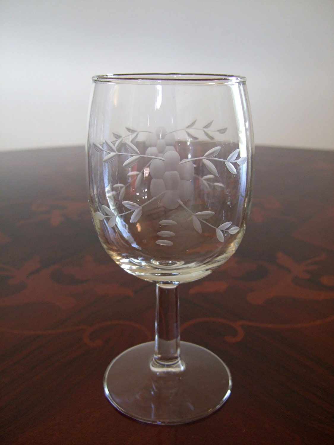 set of 12 elegant hand cut javit etched crystal stemware