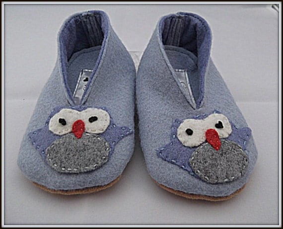Baby Shoes Felt Applique Owl Blue Kids Booties Slippers Children's Shoes In Size 6 to 9 Months.