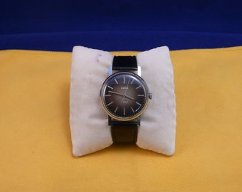 "Ussr (Soviet Union)  ""ZARJA"" 17 jewels mans  wrist watch 1960 - 70  very rare black dial PERFECT condition"