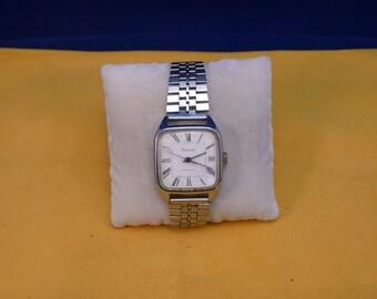 "Ussr (Soviet Union)  ""RAKETA"" (rocket)  16 jewels wrist watch 1960  very rare  PERFECT"