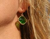 SALE crystal drop earrings, glass crystal emerald green earrings, gold earrings, celebrity inspired, celebrity fashion angelina jolie