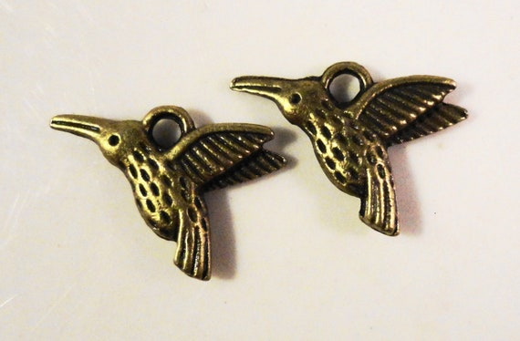 Bronze Hummingbird Charms 15x10mm Antique Brass Tone Metal (Bronze) Bird Double Sided Charm Pendant Jewelry Making Jewlery Findings 10pcs