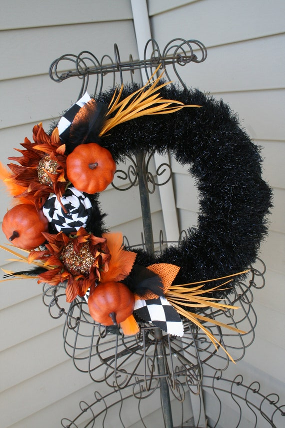 Fall Yarn Wreath/Halloween/Thanksgiving/Fabric Flowers/Pumpkins/Feathers/Sunflowers