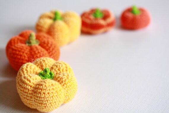 Halloween home decor 5 little crochet pumpkins, Pumpkins harvest set, Childrens crochet toy, Fall kitchen home decor