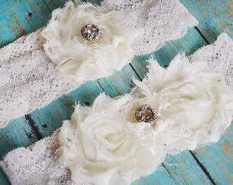 wedding garter ((NEW)) on Sale lace garter / Vintage Wedding Dress Garter /  Garters / Toss Garter / Garter BELT Wedding SALE (sale)