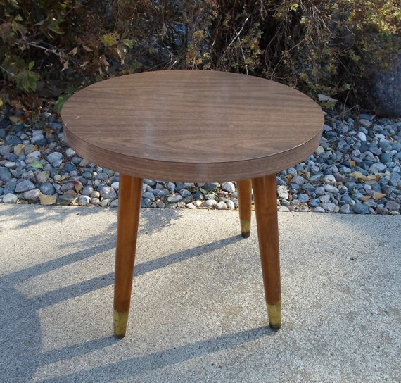 Retro Tripod Coffee Table Walnut: Vintage Laminate End Table Plant Stand By Alsredesignvintage