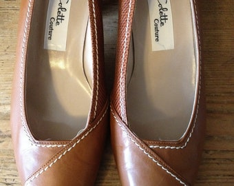 Vintage Ladies Tan Leather and Lizard Shoes with Brass Toe...Made in Greece by Collette Couture