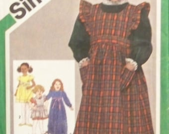 Vintage 1980 Simplicity 9818 Pattern for Child's Dress and Pinafore in Two Lengths in Size 6