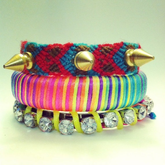 Friendship bracelet with gold tree spikes in turquoise red and brown colors