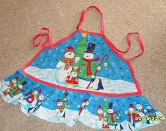 Holiday Apron makes a Great Christmas Gift