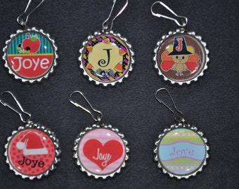 Personalized/Custom Holiday Zipper pulls--SET of 6-BTS-great for coats, bookbags, backpack,lunchboxes--unique backpack tag, cute bookbag id
