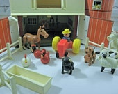 Vintage Fisher Price Play Farm 1967 With Animals Children's Toy