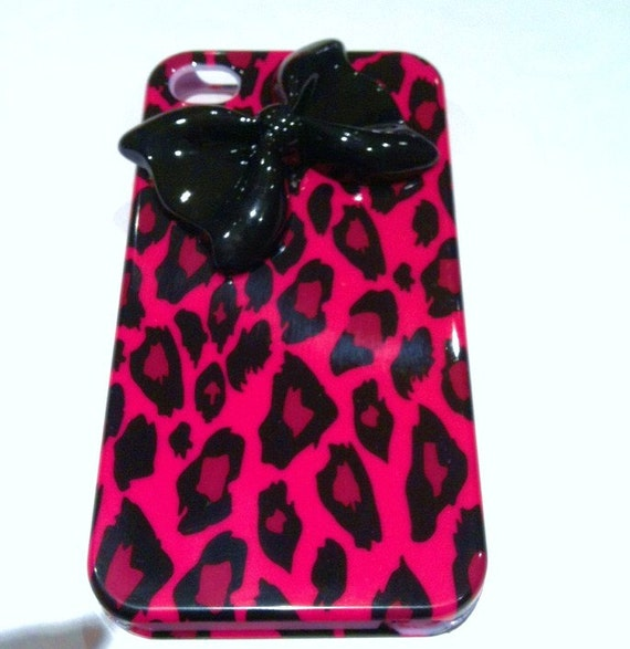 iPhone 4 and iPhone 4S Trendy Hot Pink Leopard Design with 3D Bow case
