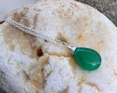 Emerald Green AAA Agate Quartz Necklace.Natural Gemstone.Sterling Silver Chain Necklace.Green Agate.Bright Green.Electric Green. - rainbowearring